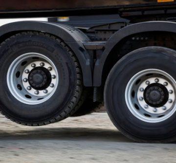 Duas novas Leis do acordo com caminhoneiros são sancionadas